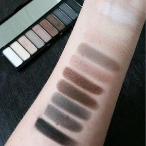 ELF Makeup - NEW elf Mad for Matte Eyeshadow Palette -Nude Mood